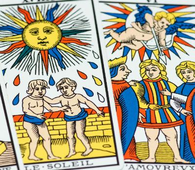 Tarot de Marseille: comment tirer les cartes ?